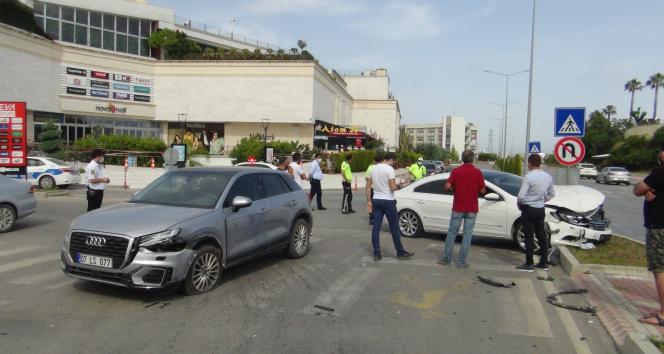 Yaralamalı trafik kazası sonrası 'kim haklı' tartışması