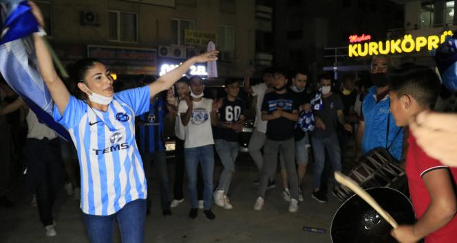 Adana Demirspor'un 26 yıl sonra gelen şampiyonluğu, coşkuyla kutlandı