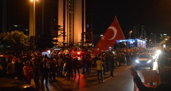 İstanbul'daki İsrail Başkonsolosluğu önündeki protesto devam ediyor