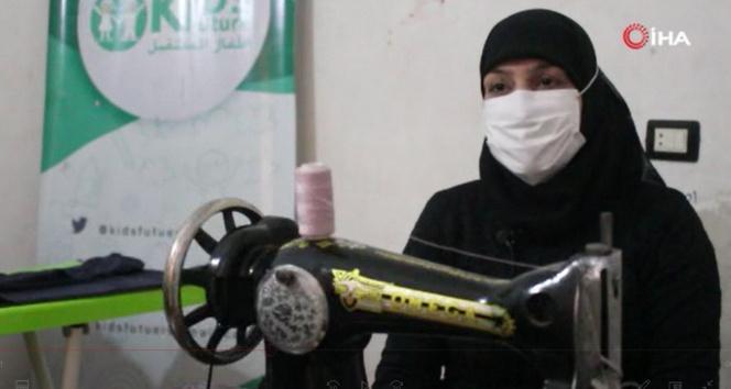 İdlib'de kadınlar, ikinci el kıyafetlerden bayramlık üretiyor