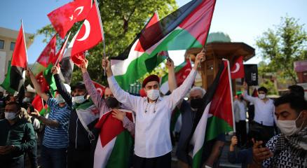 Bursadan İsraile tepki