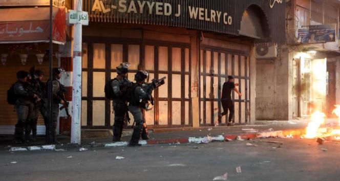 İsrail güçleri bu kez de El Halil'de Filistinlilere saldırdı: 28 yaralı