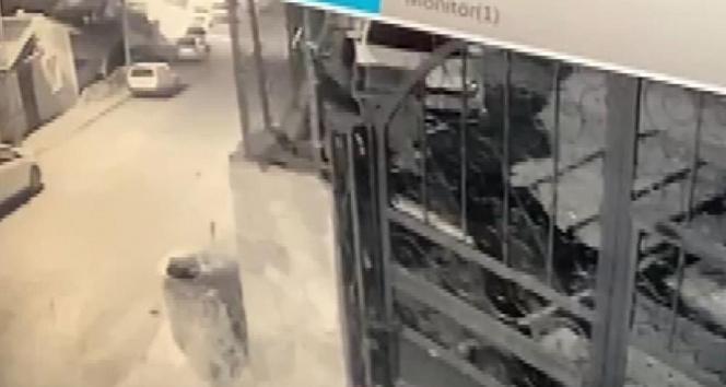Beykoz'da iş yerinin kundaklandığı o anlar kamerada