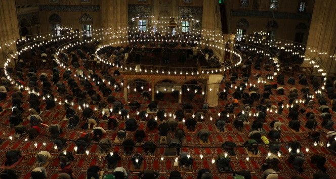Selimiye Camii'nde Ramazan Bayramı Namazı coşkusu