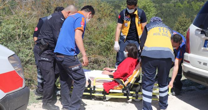 Yürüyüşe çıktığı ormanda kaybolan kız, yaralı halde bulundu