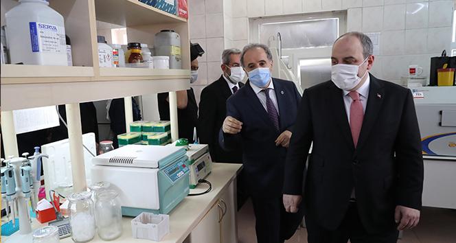 Bakan Varank: '(Adenovirüs temelli aşı adayı)Daha etkin olacağını düşünüyoruz'