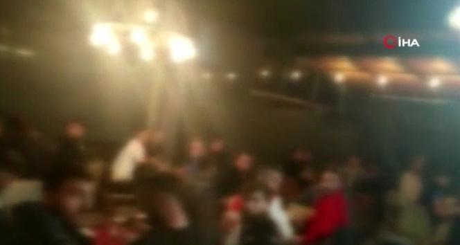 Arnavutköy'de kısıtlamaya rağmen kumar oynayan 40 kişiye para cezası
