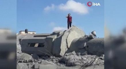 İsrailin saldırıları ezanı dindiremedi