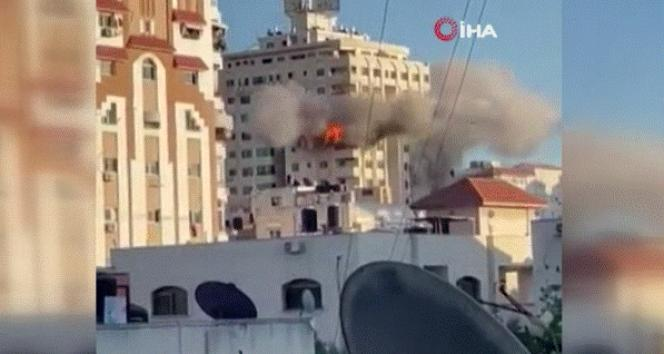 İsrail, Gazze'de çok katlı bir binayı daha hedef aldı