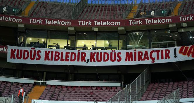 Galatasaray taraftarından Filistin'e destek
