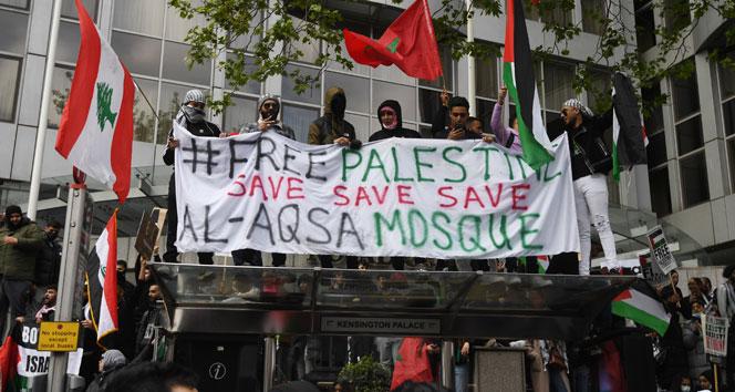 Londra'da İsrail karşıtı protesto