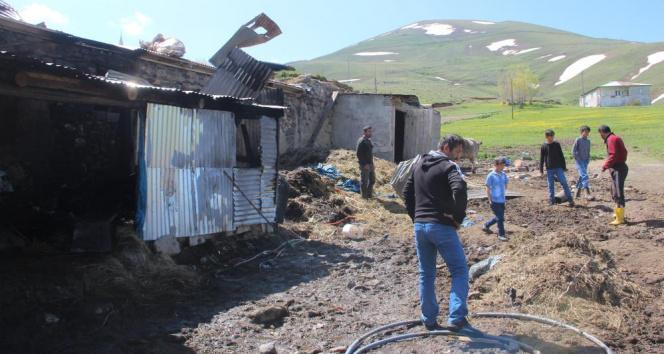 Erzurum'da feci yangın: 9 kişi yaralandı, 7 hayvan telef oldu