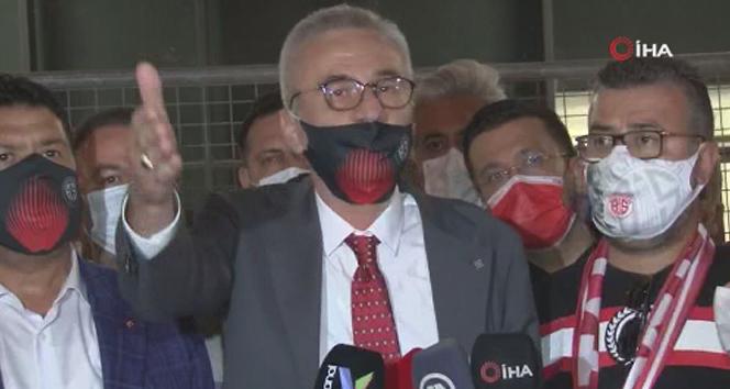 Antalyaspor Başkanı'ndan TFF'ye eleştiri: 'İstanbul'un uşaklığını yapıyorlar'