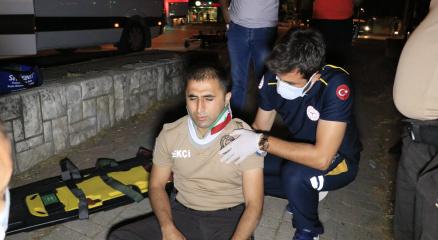 Drift atan otomobil bekçiye çarpıp yaraladıktan sonra kaçtı