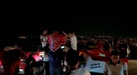 Antalyada Pandemi bitmiş dedirten asker eğlencesi