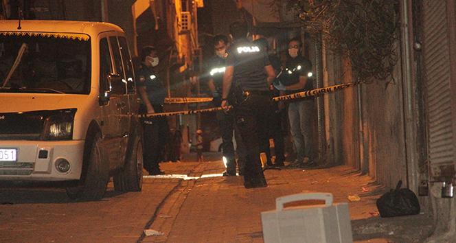 Şanlıurfa'da sivil araçtaki polislere silahlı saldırı