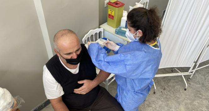Aşı işçinin ayağına gidiyor