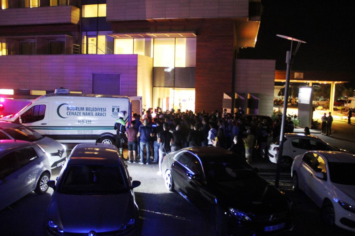 Bodrum'da şehit düşen polis memuru gözyaşları içerisinde uğurlandı