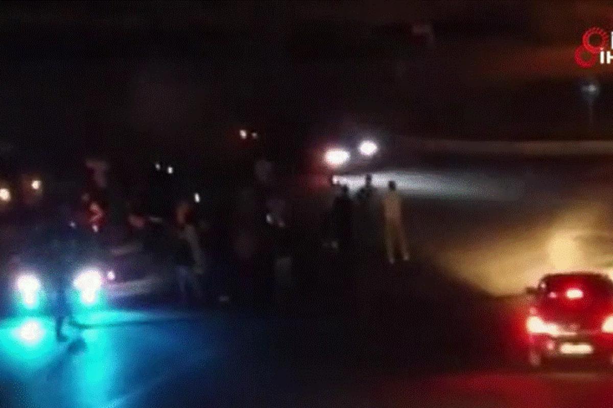 Asker uğurlamasında yol kapatıp drift yapan magandalar kamerada