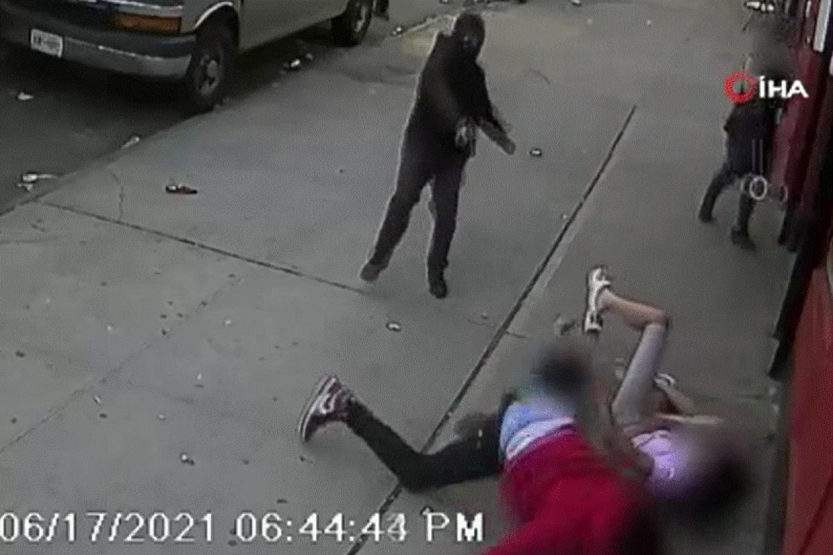 ABD'de dehşet anları kamerada: Çocukların gözü önünde kurşun yağdırdı