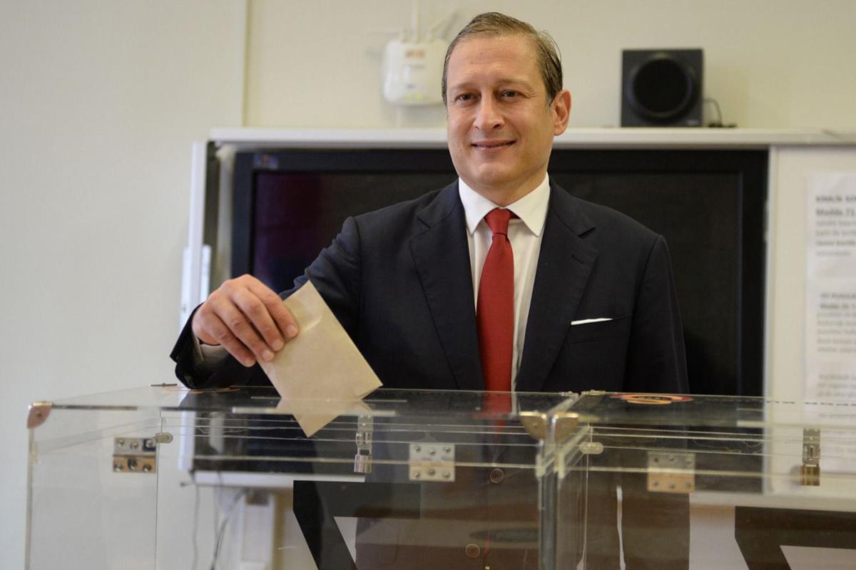 Galatasarayın 38. başkanı Burak Elmas