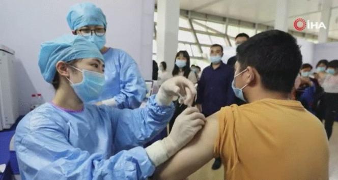 Çinde bir milyar dozdan fazla Covid-19 aşısı yapıldı