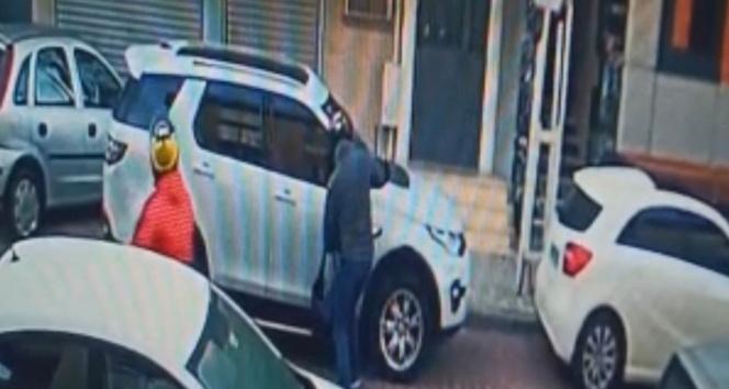 85 suç kaydı olan motosiklet hırsızlarını tişört ve kask detayı yakalattı