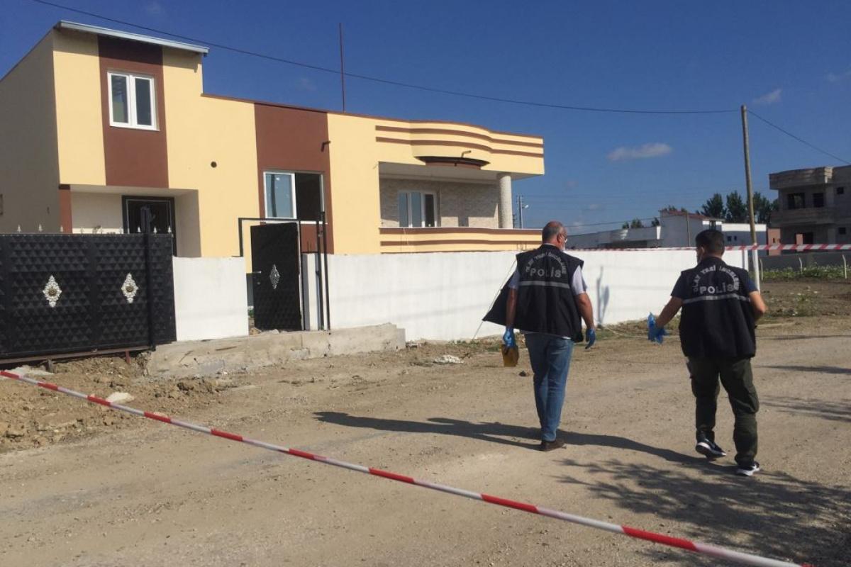 Adana'da ev basıp 2'si kadın 4 kişiyi yaraladılar