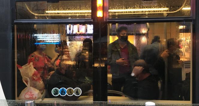 Yoğun yağış Eskişehirde tramvay seferlerini durdurdu