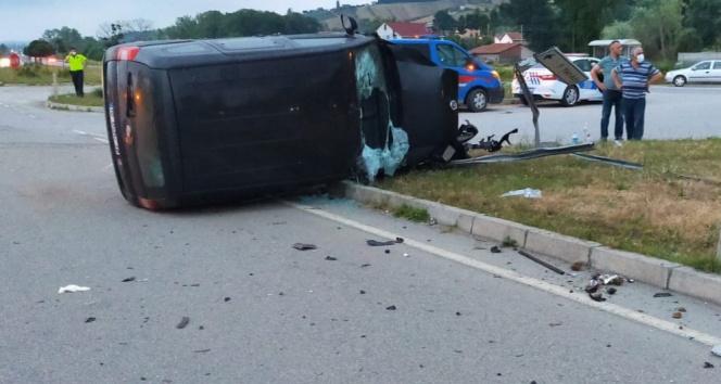 Samsunda trafik kazası: 1 ölü, 2 yaralı