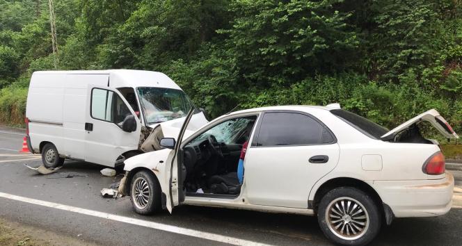 Trabzonda trafik kazası: 1 ölü, 1 yaralı