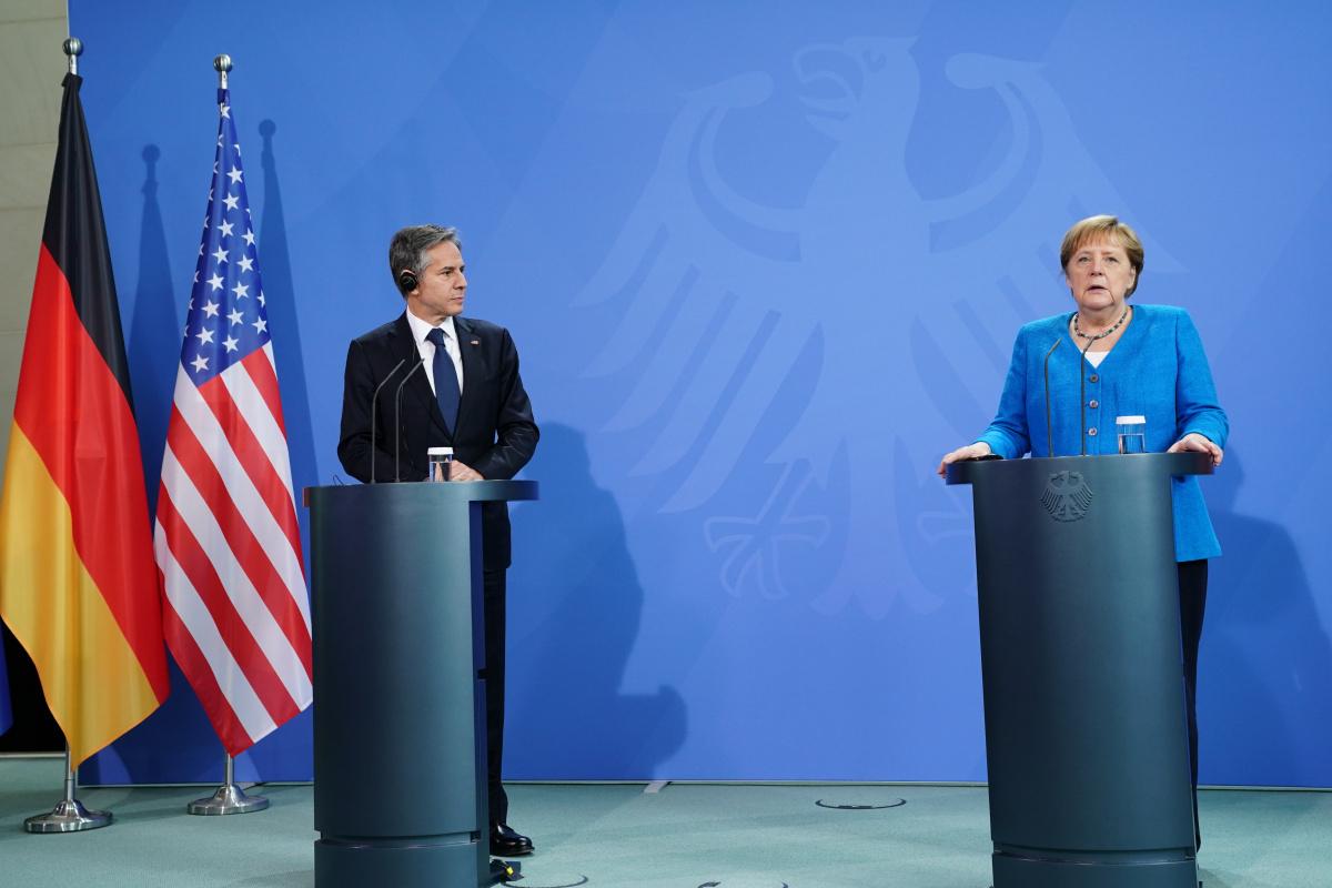 Merkel: 'Libya halkının geleceği hakkında karar vermeli'