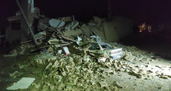KKTCde 2 katlı bina çöktü: 1 ölü