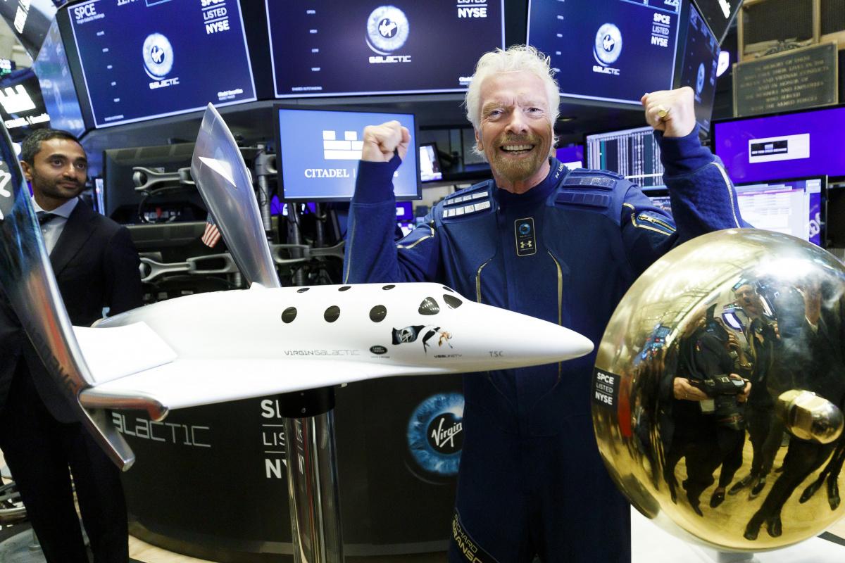 Milyarderlerin uzay yarışı: Branson, Bezos'tan önce uzaya gidecek