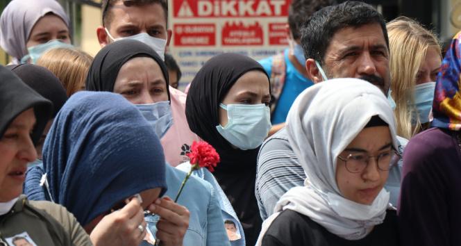 Havai fişek fabrikasında ölen işçiler anıldı, yakınları feryat etti
