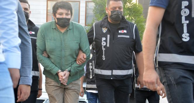 Mehmet Aydın milyonlarca lira vurgun iddiasıyla firar etti, cebinden 70 Brezilya reali çıktı