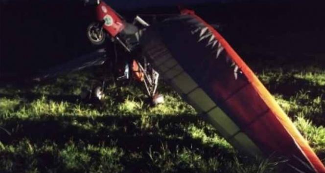 Rusyada kanatlı planör yüksek gerilim hattına takıldı: 2 yaralı