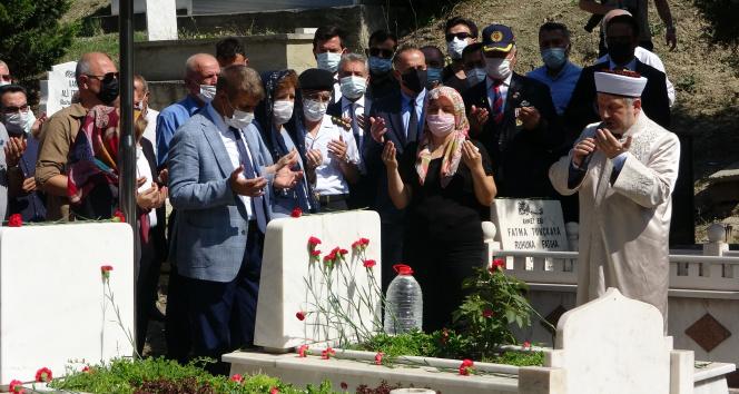 15 Temmuz Şehidi Arslan mezarı başında dualarla anıldı