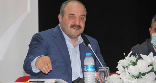 Bakan Varank: İnsansız hava araçlarını gemiye indirip kaldırabilen tek ülke olacağız