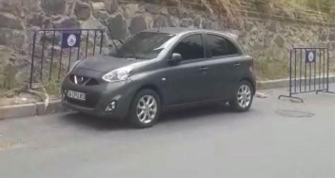 İstanbulda ilginç olay: Hatalı park ihbarına giden polis çalıntı aracı ve uyuşturucu yakaladı