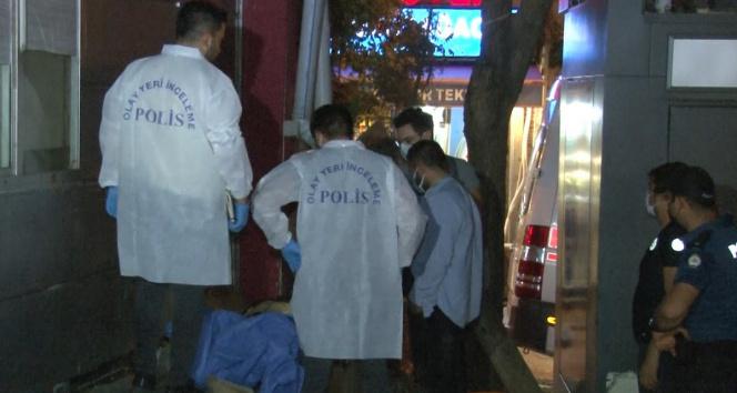 Beyoğlunda şüpheli ölüm: Taksi durağı arkasında bulundu