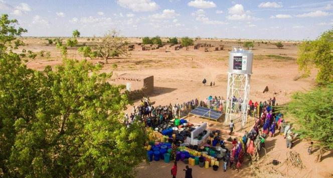 Nijerin başkenti Niameyde su kuyusu açıldı