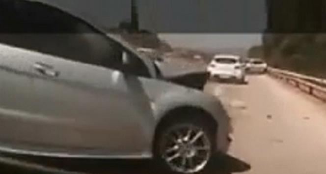 Çeşme Otoyolundaki zincirleme kaza kamerada