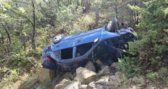Kontrolden çıkan otomobil uçuruma yuvarlandı: 6 yaralı