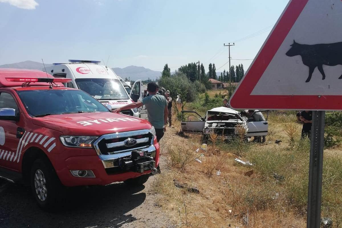 Malatya'da feci kaza: 2 ölü, 4 yaralı