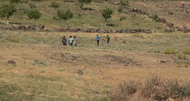 Muradiyede 25 düzensiz göçmen yakalandı