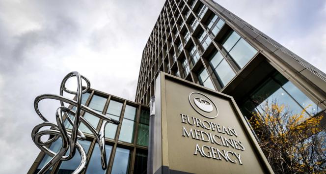 EMAdan Moderna aşısının 12-17 yaş grubuna uygulanmasına onay