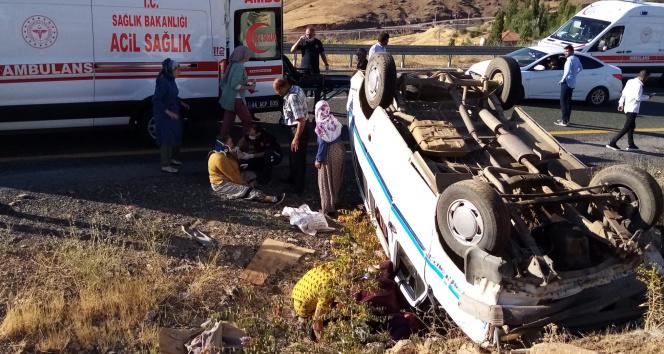 Malatyada 2 ayrı trafik kazası: 14 yaralı