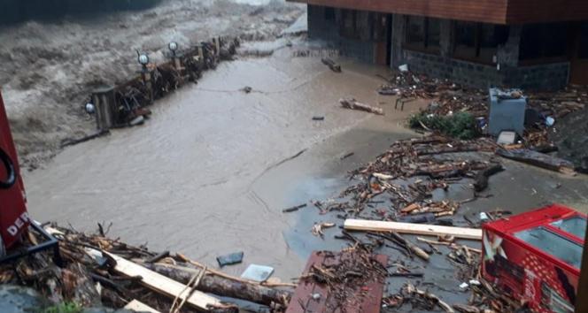 Meteorolojiden Trabzon, Rize ve Artvin için şiddetli yağış uyarısı