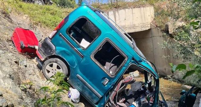 Zonguldakta trafik kazası: 4ü çocuk 8 yaralı
